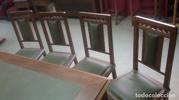 Antigüedades: Mesa de despacho con juego de sillas y sillón - Foto 4 - 139326794