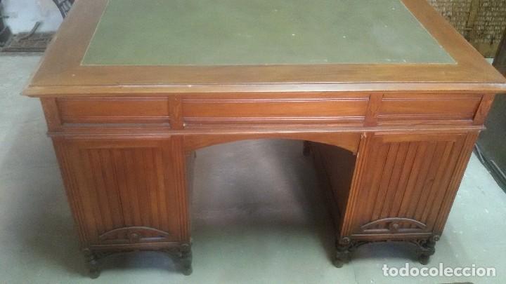 Antigüedades: Mesa de despacho con juego de sillas y sillón - Foto 8 - 139326794