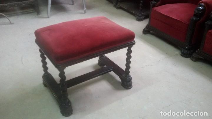 Antigüedades: Juego de dos sillones y banqueta reposapies - Foto 3 - 139345026