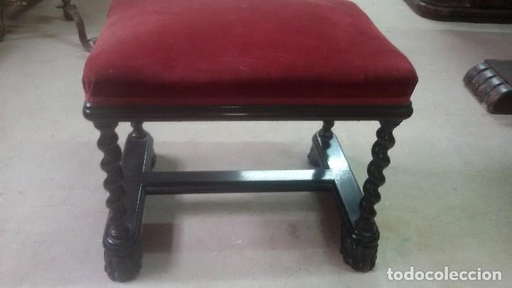 Antigüedades: Juego de dos sillones y banqueta reposapies - Foto 7 - 139345026