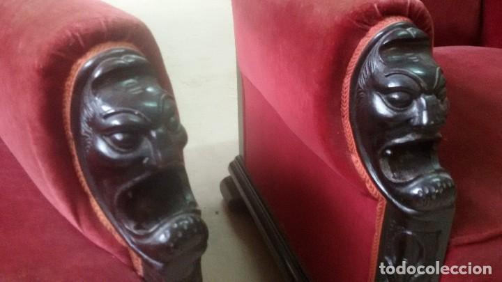 Antigüedades: Juego de dos sillones y banqueta reposapies - Foto 9 - 139345026