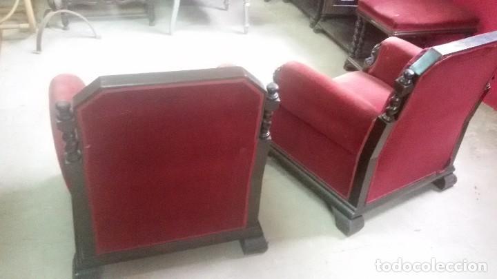 Antigüedades: Juego de dos sillones y banqueta reposapies - Foto 11 - 139345026