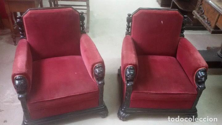 Antigüedades: Juego de dos sillones y banqueta reposapies - Foto 12 - 139345026