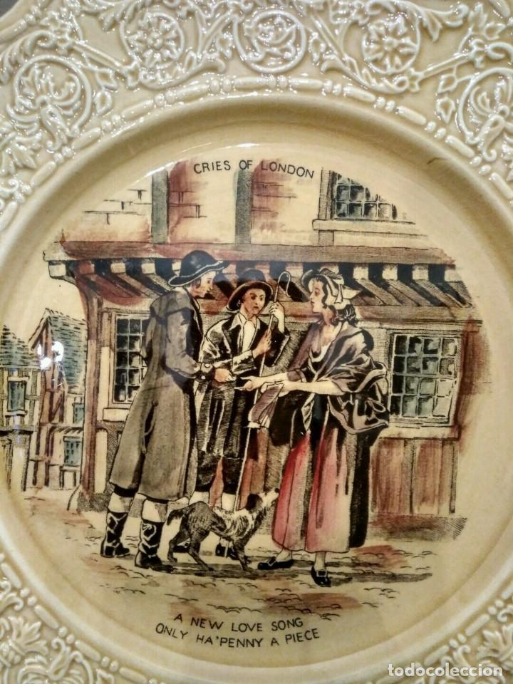 Antigüedades: Crown Devon Cries Of London Cabinet Plate Matches - DIFICIL PLATO PORCELANA INGLESA - Foto 2 - 139356654