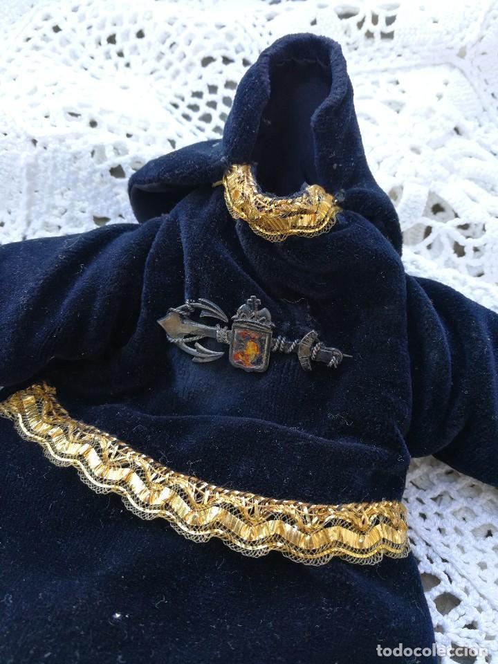 Antigüedades: ANTIGUA SAYA ROPA PARA IMAGEN DE 32CM. VIRGEN DOLOROSA CAP I POTA- HILO DE ORO.- S.XIX. - Foto 3 - 139363846