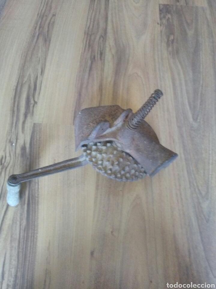 Antigüedades: Máquina desgranador de maíz, mazorcas - Foto 4 - 139418498