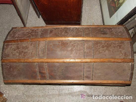 Antigüedades: BAUL MADERA Y PIEL - Foto 2 - 139455214