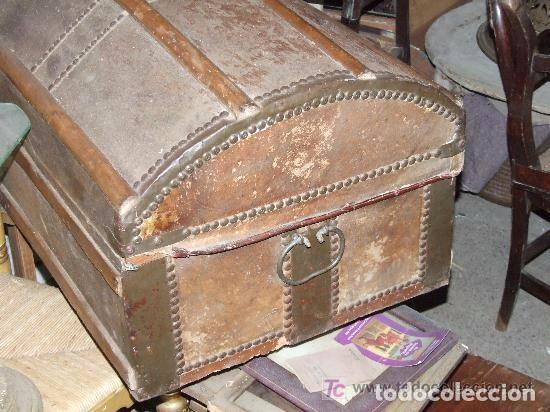 Antigüedades: BAUL MADERA Y PIEL - Foto 4 - 139455214
