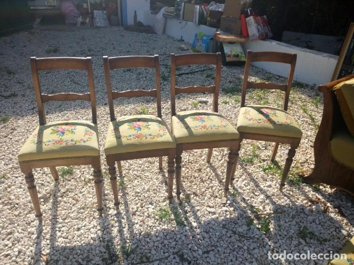 Antigüedades: juego de salón luis xv ,sofa,2 sillones ,4 sillas,2 reposa pies 1 cojín,todo completamente bordado - Foto 3 - 139462226