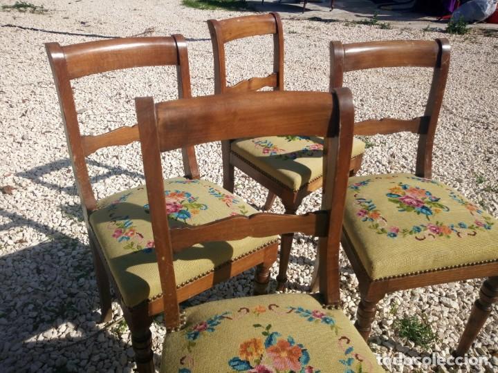 Antigüedades: juego de salón luis xv ,sofa,2 sillones ,4 sillas,2 reposa pies 1 cojín,todo completamente bordado - Foto 8 - 139462226