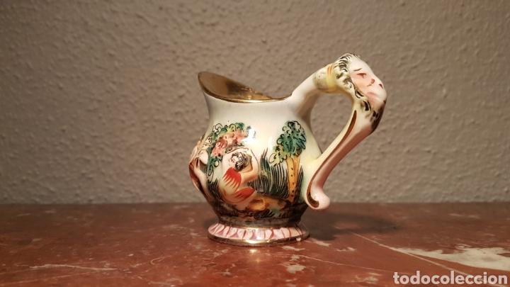 Antigüedades: JARRA CAPODIMONTE CON SELLO EN BASE NUMERADA - Foto 3 - 139480834