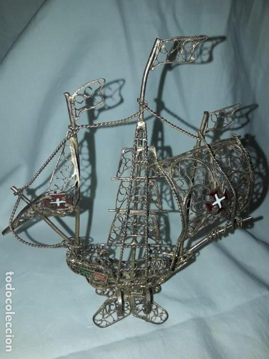 Antigüedades: Carabela Portuguesa en Filigrana de latón dorado y velas de esmalte. - Foto 4 - 139483610