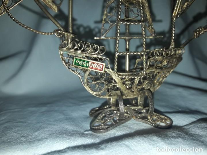 Antigüedades: Carabela Portuguesa en Filigrana de latón dorado y velas de esmalte. - Foto 6 - 139483610