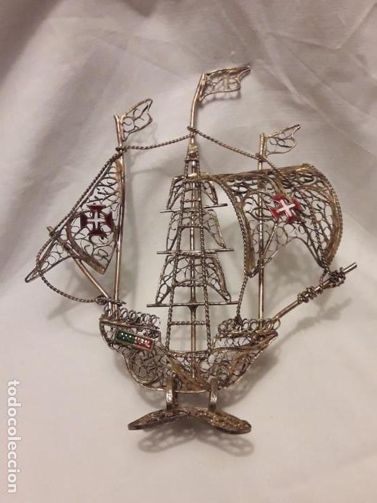 Antigüedades: Carabela Portuguesa en Filigrana de latón dorado y velas de esmalte. - Foto 10 - 139483610