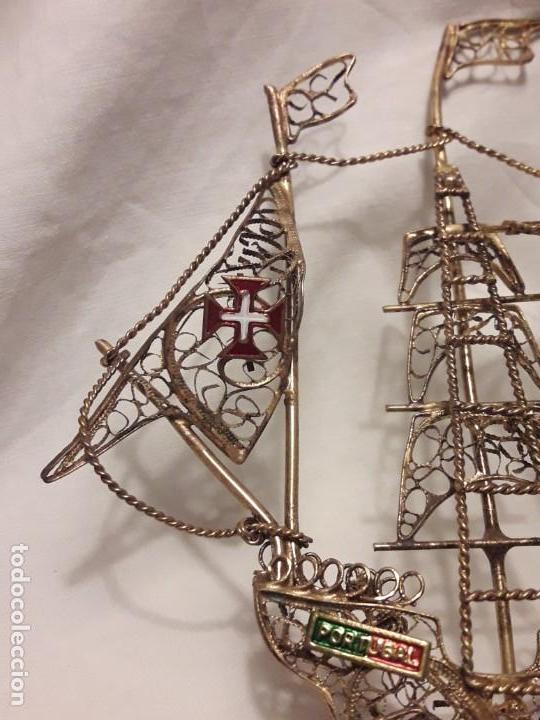 Antigüedades: Carabela Portuguesa en Filigrana de latón dorado y velas de esmalte. - Foto 13 - 139483610