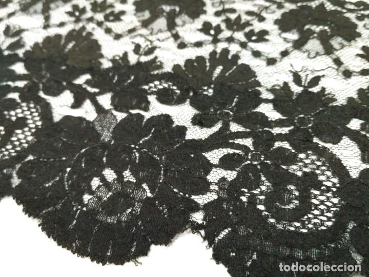 Antigüedades: Mantilla de blonda, antigua - Foto 3 - 139502830