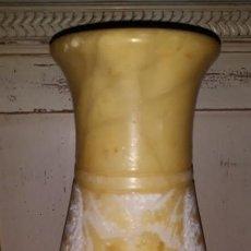 Antigüedades: JARRÓN DE ALABASTRO. Lote 139505506