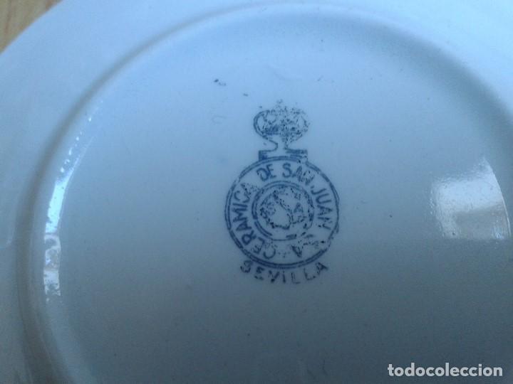 Antigüedades: Plato cerámica - San Juan - Sevilla - Heráldica, Pedro Domecq - Vinos, Jerez, Coñac - Ribete en oro - Foto 3 - 139546458