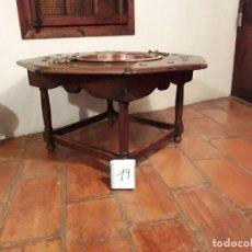 Antiquitäten - MESA CON CALDERO DE NOGAL Y COBRE - 139549438
