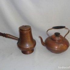 Antigüedades: ARTÍCULOS DE COBRE VIEJOS - 1 CALDERA ANTIGUA Y 1 TETERA VIEJA. Lote 139550026