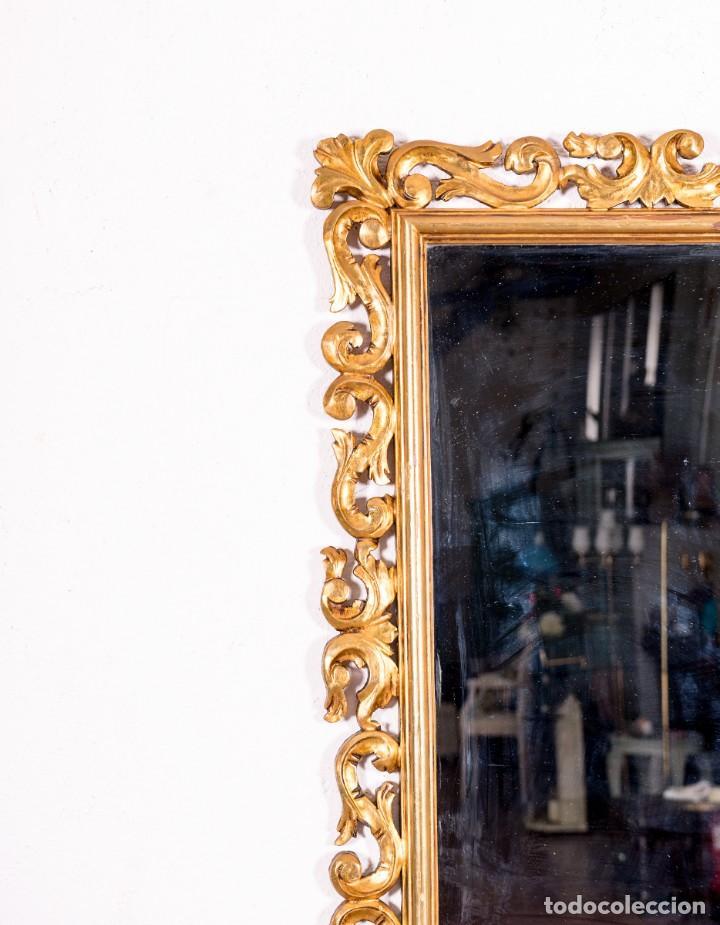 Antigüedades: Espejo Antiguo Con Motivos Florales En Pan De Oro - Foto 2 - 139626574