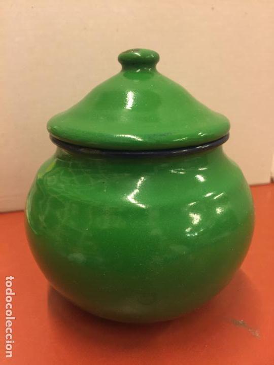 Antigüedades: Antiguo azucarero metalico esmaltado. Ideal decoracion o uso. - Foto 2 - 139629806