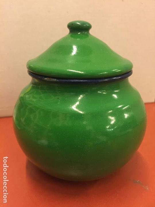Antigüedades: Antiguo azucarero metalico esmaltado. Ideal decoracion o uso. - Foto 6 - 139629806