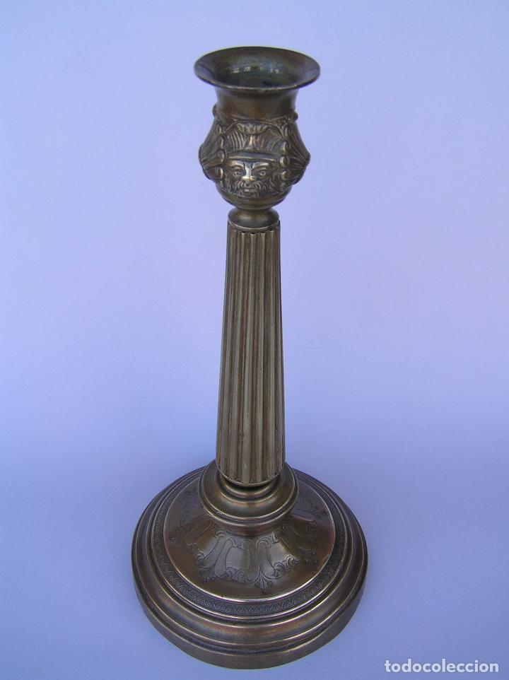 Antigüedades: CANDELERO BRONCE-LATÓN. S. XVIII. estilo Imperio .25 cm. - Foto 14 - 139630614