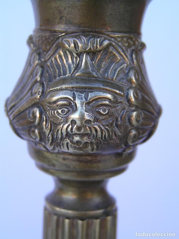 Antigüedades: CANDELERO BRONCE-LATÓN. S. XVIII. estilo Imperio .25 cm. - Foto 15 - 139630614