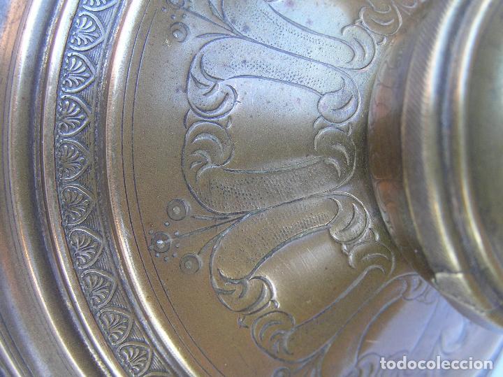 Antigüedades: CANDELERO BRONCE-LATÓN. S. XVIII. estilo Imperio .25 cm. - Foto 19 - 139630614