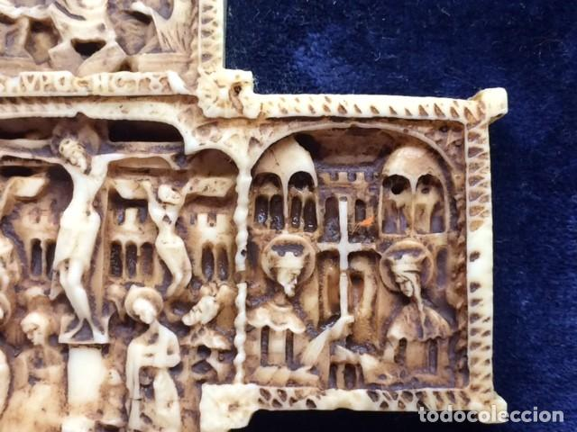Antigüedades: CRUZ TALLA EN BAJO-RELIEVE ENMARCADO. RESINA O SIMILAR- RICO DETALLE. - Foto 8 - 176270017