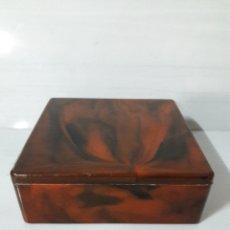 Antigüedades - Caja o joyero símil carey años 60. - 139668054