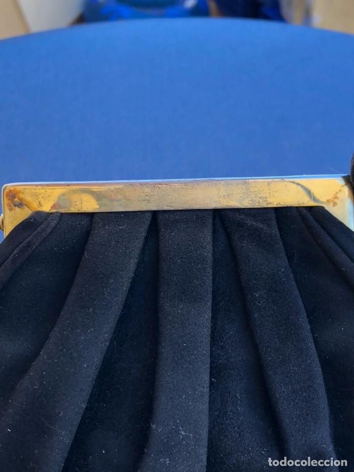 Antigüedades: Precioso bolso de fiesta antiguo, cierre de nácar - Foto 4 - 139706349