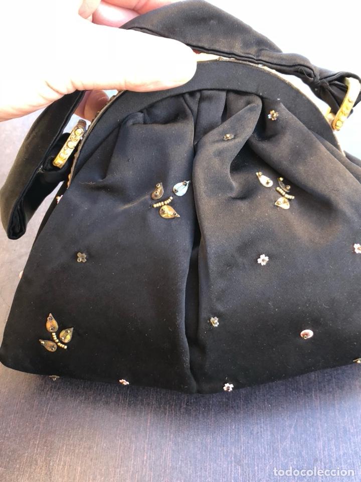 Antigüedades: Precioso bolso de fiesta antiguo - Foto 6 - 139706720