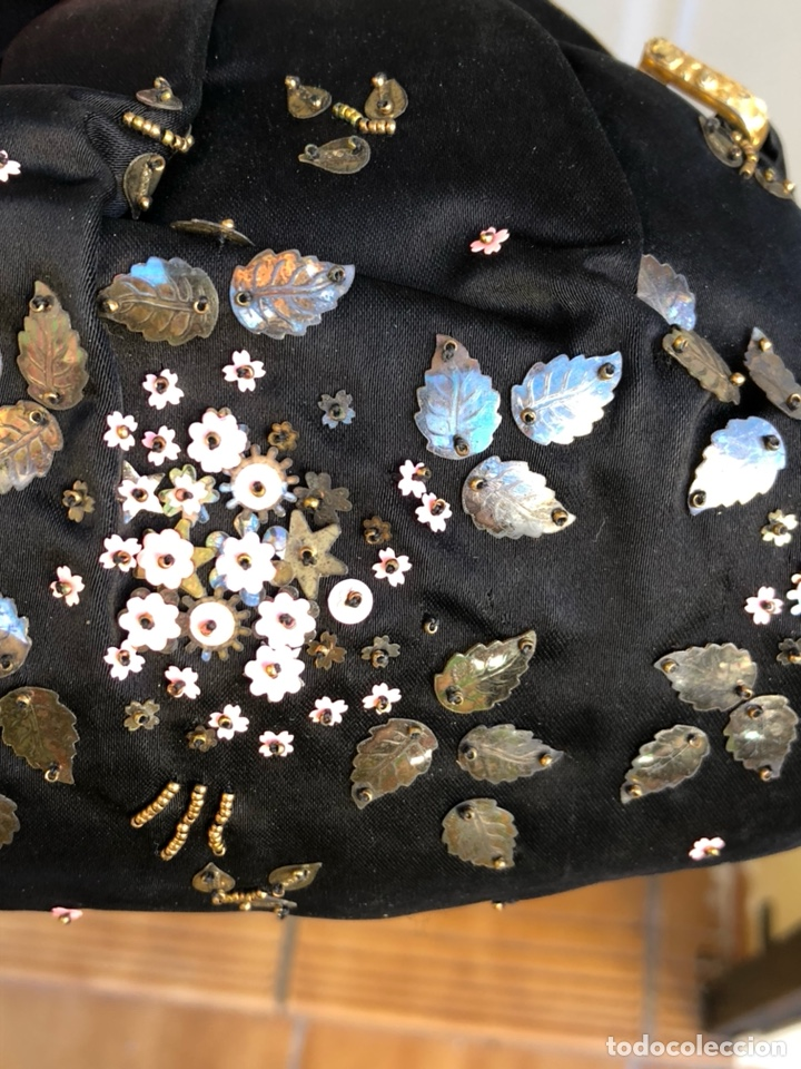 Antigüedades: Precioso bolso de fiesta antiguo - Foto 9 - 139706720