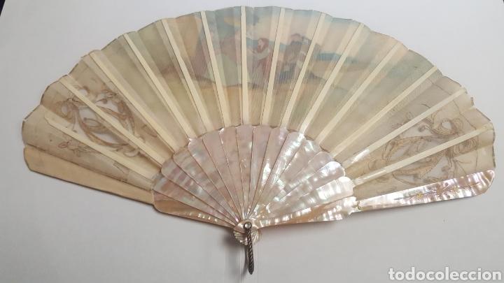 Antigüedades: Abanico pintado y firmado s.XIX varillaje en nacar y encaje. - Foto 8 - 139707260