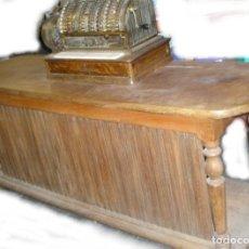 Antigüedades: MOSTRADOR APARADOR DE NOGAL , 140 AÑOS. Lote 139722758