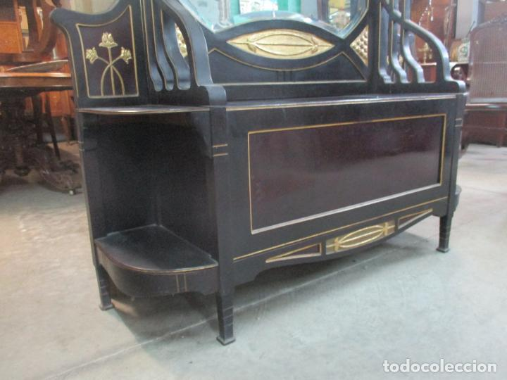 Antigüedades: Mueble Recibidor Modernista - Joan Busquets - Banco, Consola - Madera de Caoba Dorada - Gran Espejo - Foto 6 - 139784326