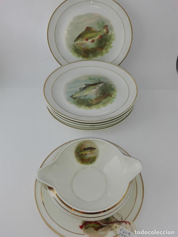 SALSERA Y SEIS PLATOS DE PESCADO -AJCO-FRANCE (Antigüedades - Porcelana y Cerámica - Francesa - Limoges)