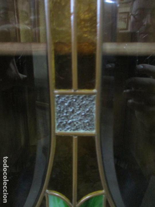 Antigüedades: Curioso Mueble Modernista - Joan Busquets - Sofá, Pareja de Vitrinas y Espejo - Madera de Caoba - Foto 10 - 139889778