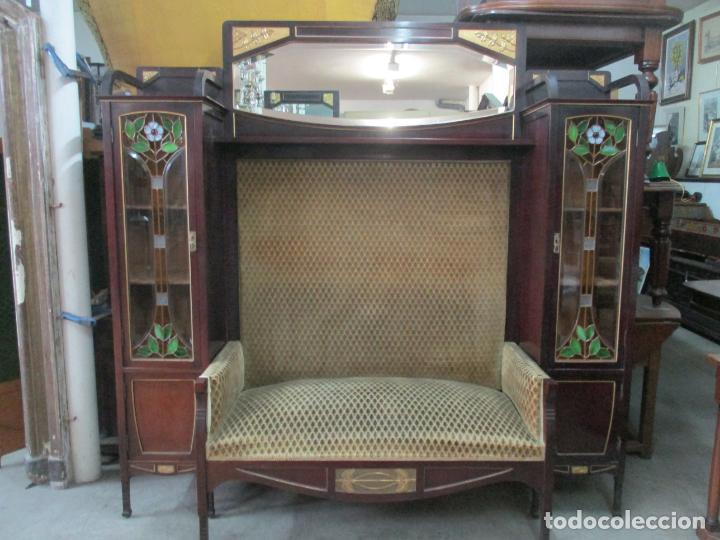Antigüedades: Curioso Mueble Modernista - Joan Busquets - Sofá, Pareja de Vitrinas y Espejo - Madera de Caoba - Foto 50 - 139889778