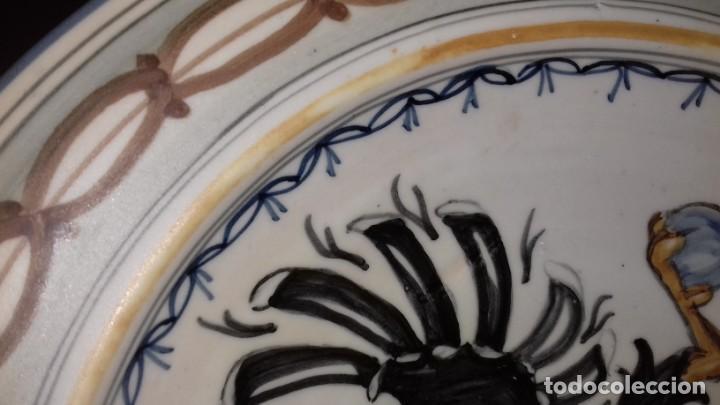 Antigüedades: PLATO DE TALAVERA - ÁGUILA BICÉFALA - ÓRDENES MONÁSTICAS ESCUDO CARMELITAS - SELLO-DEDICADO-FIRMADO - Foto 2 - 139964598
