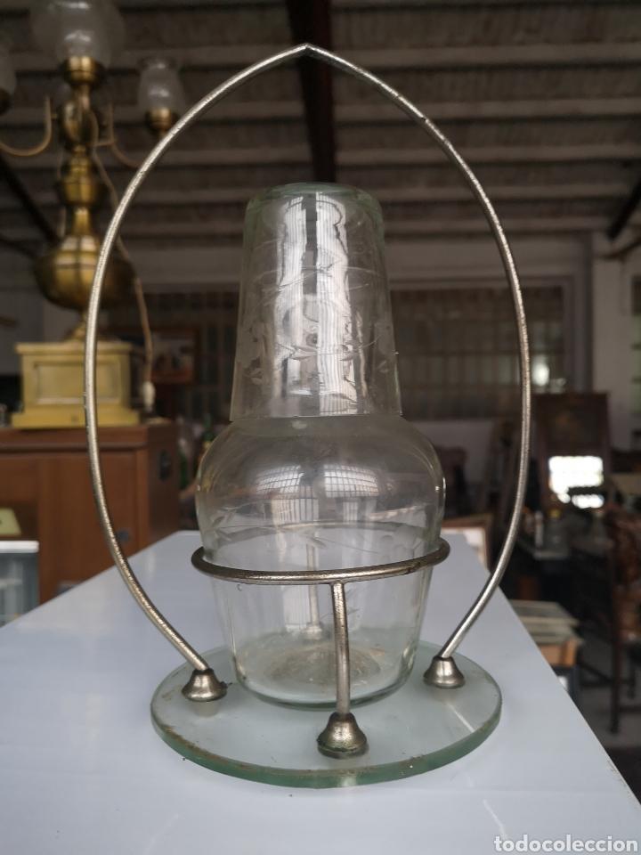 Antigüedades: Jarra y vaso EN CRISTAL DECORADO CON Y Reposa en metal. BUEN ESTADO. - Foto 7 - 140003652