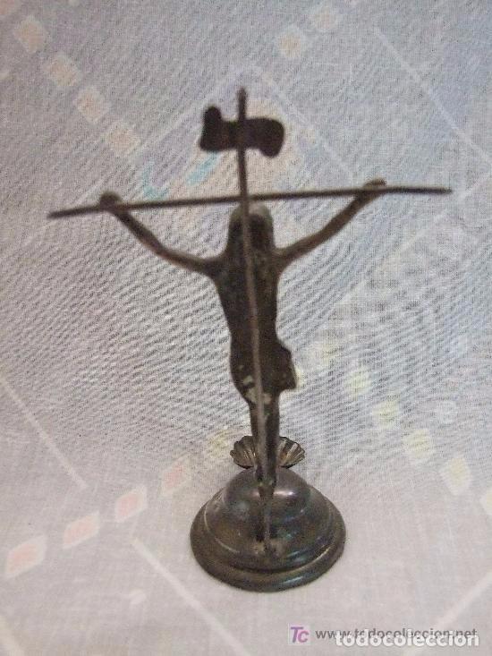Antigüedades: BENDITERA DE CRUCIFIJO DE PLATA - Foto 2 - 140011298