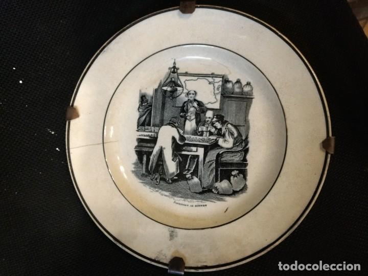 PLATO DE CARTAGENA SIGLO XLX,AMBICIÓN DEL DINERO. (Antigüedades - Porcelanas y Cerámicas - Cartagena)