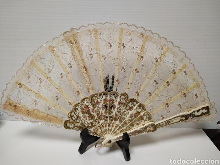 ANTIGUO ABANICO EN BLONDA (Antigüedades - Moda - Abanicos Antiguos)