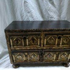 Antigüedades: BARGUEÑO O ARQUETA. Lote 140047198