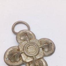 Antigüedades: CRUZ RELIGIOSA METAL. Lote 140090132