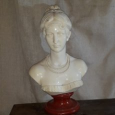 Antigüedades: MAGNIFICO BUSTO FEMENINO ,FIRMADO A.GIAN (ARNALDO GIANELLI),32 CM DE ALTO. Lote 140092074