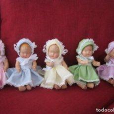 Muñecas Composición: MUÑECAS ANTIGUAS. QUINTILLIZAS DIONNE DE MADAME ALEXANDER . SE ENTREGA CON LA CUNA. Lote 140110190